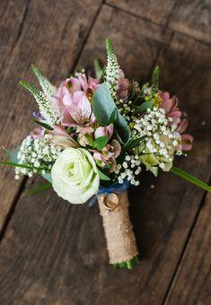 DIY wedding flowers. Eleanor Jane Photography