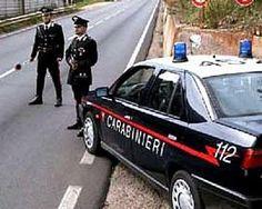 What to Show/Take it Slow ... (ha ha ha)..... In Italia gli automobilisti che guidano nel senso opposto vedono i carabinieri e da bravi amici avvisano, lampeggiando i fari, di andare piano piano ..... hahaha !!!!!!