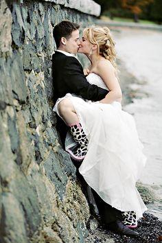 Never-sacrifice-your-own-style love. (Photo by Chris and Lynn Photography via crashtaylorinterv...) #wedding #photo #ideas