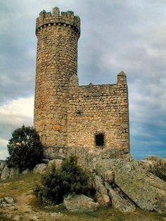 Restos do castelo de Torrelodones, Espanha.
