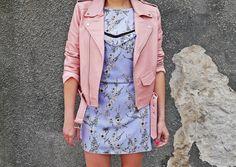 Sukienka w kwiaty bonprix różowa ramoneska buty renee karyn blog modowy  .  www.karyn.pl