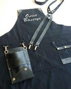 Приглушенное сочетание монохромных оттенков🙌🏼 Любим, умеем, практикуем😅❤️ #abriz_leather Leather Apron, Leather Belt Bag, Leather Jeans, Chef Knife Bags, Barber Apron, Restaurant Uniforms, Work Aprons, Sewing Aprons, Old Jeans