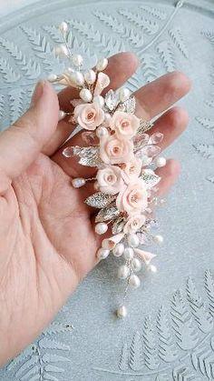 Wire Jewelry Designs, Handmade Wire Jewelry, Beaded Jewelry, Wedding Headband, Flower Hair Accessories, Bridal Accessories, Hair Jewelry, Bridal Jewelry, Jewellery