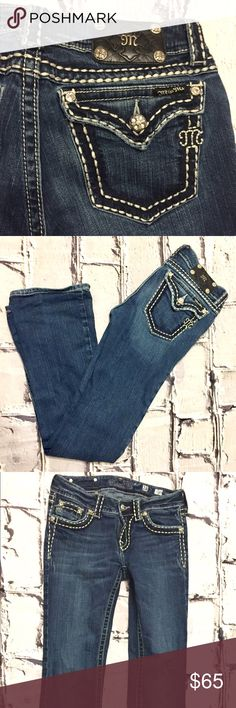 """Miss Me Jeans Size 28 Inseam 31"""" Miss Me Jeans Size 28 in great condition! Inseam 32"""" leg opening 8"""" Miss Me Jeans"""
