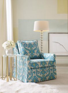 Blue and white may be the world's most popular color scheme, and when the blue is brilliant aqua, warmed with a touch of spring green, the feeling is irresistible. Photo: Sam Moore Furniture.