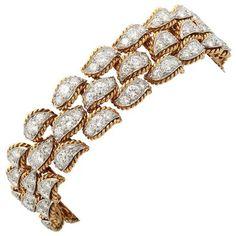1STDIBS.COM Jewelry & Watches - Van Cleef and Arpels - VAN CLEEF AND ARPELS Diamond Bracelet - Waldmann Inc.