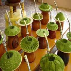 Drinking yerba mate is something that every tea enthusiasts should try. Once you try it, you'll want to know where to buy yerba mate - read on to learn Rio Grande Do Sul, Brazilian Drink, Love Mate, Yerba Mate Tea, Different Types Of Tea, Chinese Greens, Vitamin A, Tea Benefits, Gaucho