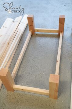 Pottery Barn Knockoff Coffee Table - Coffee Table - Ideas of Coffee Table - how to build a rectangle coffee table Build A Coffee Table, Coffee Table Rectangle, Rustic Coffee Tables, Farm House Coffee Table Diy, Homemade Coffee Tables, Diy Pallet Projects, Furniture Projects, Furniture Plans, Diy Furniture