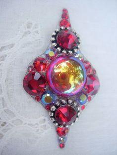 The Gift Bindi  swarovski belly dance tribal crystal by KuhlJewels, $34.00