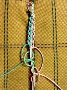 macrame plant hanger+macrame+macrame wall hanging+macrame patterns+macrame projects+macrame diy+macrame knots+macrame plant hanger diy+TWOME I Macrame & Natural Dyer Maker & Educator+MangoAndMore macrame studio Macrame Bracelet Patterns, Macrame Bracelet Diy, Bracelet Crafts, Macrame Knots, Friendship Bracelet Patterns, Jewelry Crafts, Knotted Bracelet, Bracelet Knots, Braided Bracelets