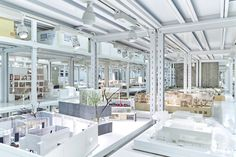 Earlier this summer,Archi-Depot opened within Tokyo's Shinagawa district, a warehouse museum dedicated to the storage and display of Japanese architectural models.