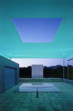 @Maggie Moore Moore AgardiAgardi The Pavilion, Pool House and Pool San Francisco-based architect Jim Jennings worked in close collaboration with James Turrell and Tom Leader to realize the artist's vision for the Skyspaces, and to relate the elements of earth, water and sky to one another