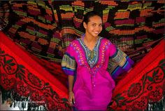 Wayuu beauty in hammock called chinchorro. Relax and check our offer Boho Bags, Good Vibes Only, Handmade Bags, Bag Sale, Fair Trade, Pretty Woman, Hammock, Free Crochet, Boho Fashion