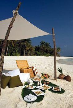 Beach Picnic, Maldives