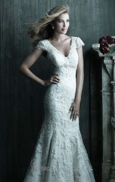 Allure C207 Dress - This is the dress I want!