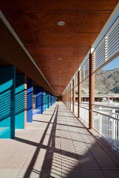 Federico Varela High School / Crisosto Arquitectos Consultores   ArchDaily