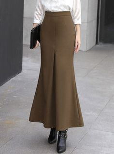 Pure Color Woollen Mermaid Bodycon Skirt - Brown Best Picture For e girl outfits For Your Taste You are looking for something, and it is goi - Casual Skirt Outfits, Classy Outfits, Girl Outfits, Bodycon, Mermaid Skirt, Body Con Skirt, Elegant Outfit, Vintage Skirt, Ladies Dress Design