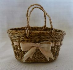 Basketcase Miniatures: Some weaving work to show.........