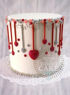 So cute! Make the hearts pink and I have a great wedding cake idea! #weddingcakes