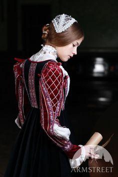 Florentine Renaissance Dress side view