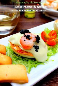Las recetas de Triana: Huevos rellenos de gambas con mahonesa de aguacate