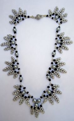 Beaded necklaceleaf pattern necklacesuper duo by JoolsbyAveril