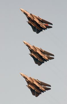 The Arabian Gulf (Apr. – Tomcats fly in formation on final approach to USS Kitty Hawk (CV Kitty Hawk Carrier Strike Force and Carrier Air Wing Five are deployed in support of Operation Iraqi Freedom. Military Jets, Military Aircraft, Fighter Aircraft, Fighter Jets, Tomcat F14, Photo Avion, Navy Aircraft, United States Navy, Jet Plane