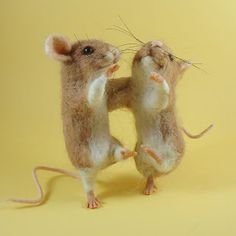Needle Felted Art by Robin Joy Andreae - cute felted animals.