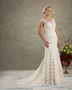 "Bonny Love ""In Stock"" Wedding Dress - Style 6514"
