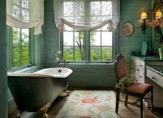 Английский стиль в дизайне интерьера прозрачные кружевные занавески в ванной комнате, нет тяжелым портьерам