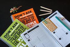Личный помощник в планировании и достижении жизненных целей: 174 страницы для вдохновения , раздел для планирования цели и жизненных проектов, раздел ежедневника: один разворот — одна неделя, раздел для подведения итогов в приоритетных жизненных проектах каждые четыре недели, раздел для подготовки ко встречам и ведения конструктивных заметок на них — 14 разворотов, мягкая обложка, крепление на спиральке, кармашек для разных штучек в подарок! http://uxevent.com/shop/inspirebook-olive/
