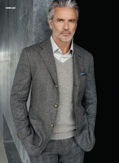 17 smart outfits for men over 50 - fashionable ideas and trends - # for . - 17 smart outfits for men over 50 – fashionable ideas and trends – form - Older Mens Fashion, Mens Fashion Blog, Fashion Mode, 50 Fashion, Fashion Over 40, Fashion Ideas, Fashion Updates, 50 Plus Mens Fashion, Style Fashion
