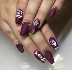Are you looking for some cute nails desgin for this christmas but you are not sure what type of Christmas nail art to put on your nails, or how you can paint them on? These easy Christmas nail art designs will make you stand out this season. Gorgeous Nails, Love Nails, Fun Nails, Pretty Nails, Fabulous Nails, Christmas Nail Art Designs, Winter Nail Designs, Cute Nail Designs, Simple Designs