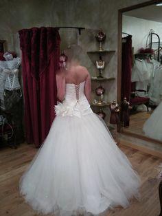 Robe de mariée et jupe en tulle avec strass d'occasion
