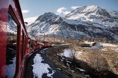 Personne ne connaît ce train incroyable en Suisse... Et c'est une erreur, tant l'expérience de voyage est à vivre une fois dans sa vie !