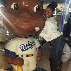 THINK BLUE: Dodgers Baseball! #birthdaymonth #taurusseason #maybaby #ladodgers #fieldofdreams #funfunfun #gettingitin #sportschick #blessings #smooches by jadatude