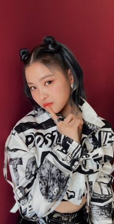 ask is open˙˙˙ Kpop Girl Groups, Korean Girl Groups, Kpop Girls, K Pop, My Girl, Cool Girl, Cute Korean Girl, Grunge Hair, The Most Beautiful Girl