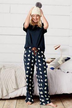 Women's Pyjamas Style To Help You Look Sharp 060 Fashion Satin Pyjama Set, Pajama Set, Pijamas Women, Cute Pijamas, Pajamas For Teens, Cute Sleepwear, Cozy Pajamas, Womens Pyjama Sets, Womens Pjs