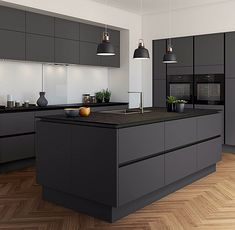 The 39 Best Black Kitchens - Kitchen Trends You Need To See - House & Living - Trend Diy Kitchen 2019 Grey Kitchen Designs, Kitchen Room Design, Home Decor Kitchen, Kitchen Living, Interior Design Kitchen, New Kitchen, Kitchen Layout, Interior Modern, Coastal Interior