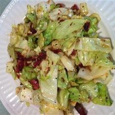 Fried Cabbage with Bacon, Onion, and Garlic another way to try cabbage n god it tastes better then boiled cabbage every time i cook this the pot runs dry I need to open a soul food kitchen. Fried Cabbage Recipes, Bacon Fried Cabbage, Best Cabbage Recipe, Chicken Bacon, Garlic Recipes, Vegetable Recipes, Soul Food Kitchen, Boiled Cabbage, Southern Fried Cabbage