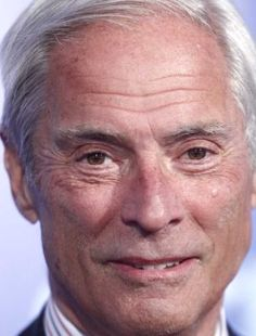 Bob Simon attends the CBS Upfront presentation in Manhattan on Wednesday, May 19, 2010.