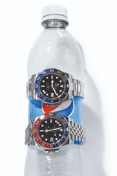 """A Hands-On Review of the Rolex GMT-Master II """"Pepsi"""" Ref. 126710 BLRO 
