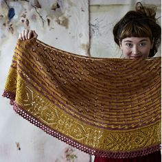 Piccadilly Shawl By Justyna Lorkowska for Loop London
