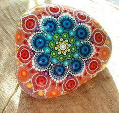 Mandalas Painting, Mandalas Drawing, Dot Painting, Stone Painting, Mandala Painted Rocks, Painted Rocks Kids, Mandala Rocks, Painted Stones, Rock Painting Patterns