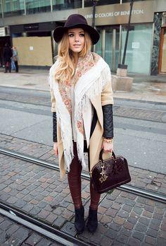 Manteau Zara! Slim en cuir bordeau!