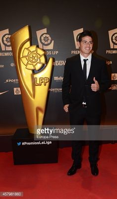 457981860-james-rodriguez-attends-the-lfp-awards-gala-gettyimages.jpg (349×594)