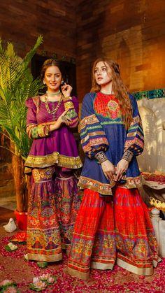 Beautiful Pakistani Dresses, Pakistani Dresses Casual, Pakistani Bridal Dresses, Pakistani Dress Design, Pakistani Fashion Party Wear, Indian Fashion Dresses, Indian Designer Outfits, Muslim Fashion, Indian Outfits