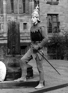 Ian McKellen as Henry V (1957)