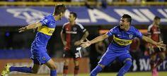 El pibe Rodrigo Betancur, festejando su gol con Silva