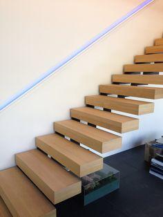 escalier KESSON crémaillère métallique marches bois